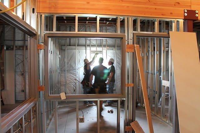 construction-370583_640-min
