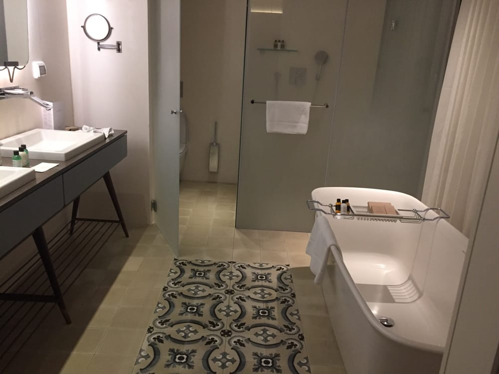a-quality-construction-modern-bathroom-remodel